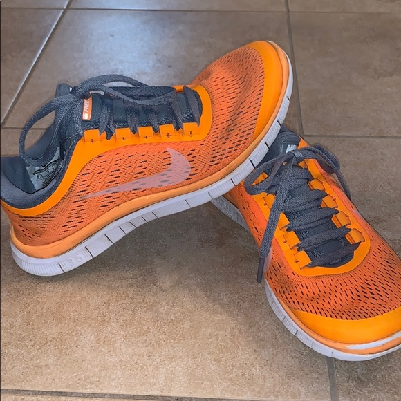 Nike Shoes   Neon Orange Nike Tennis